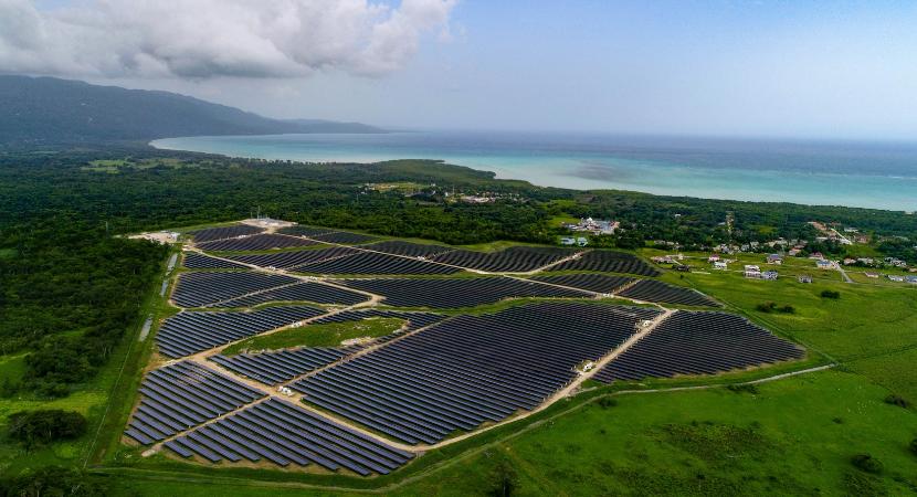 Termografía con drones en plantas fotovoltaicas para detectar anomalias