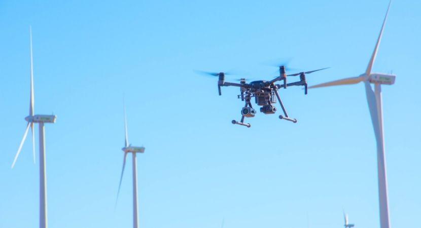 Inspeccion aérea en el sector de la ingeniería. Mantenimiento preventivo de infraestructuras